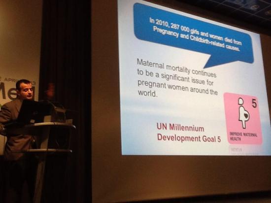 Jordi Serrano Pons presenting UniversalWomen Speaker at MedeTel